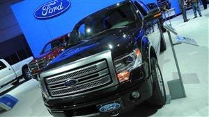 Ford mise sur l'aluminium pour rendre le F150 2015 plus léger. Résultat : la camionnette la plus vendue au Canada consommera moins d'essence.