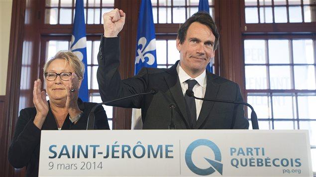Pierre Karl Péladeau a fait une profession de foi souverainiste en conférence de presse à Saint-Jérôme.