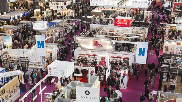 Le qu bec arrive en force au salon du livre de paris ici for Salon de the quebec