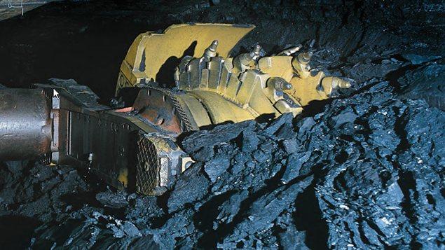 La collecte du charbon métallurgique dans une mine.