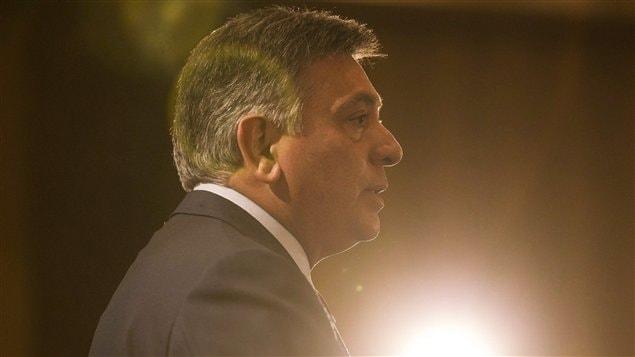 Le ministre ontarien des Finances, Charles Sousa
