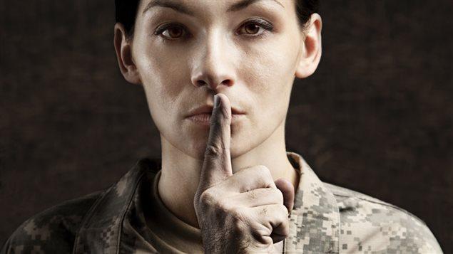 Les agressions sexuelles sont souvent cachées dans les Forces armées