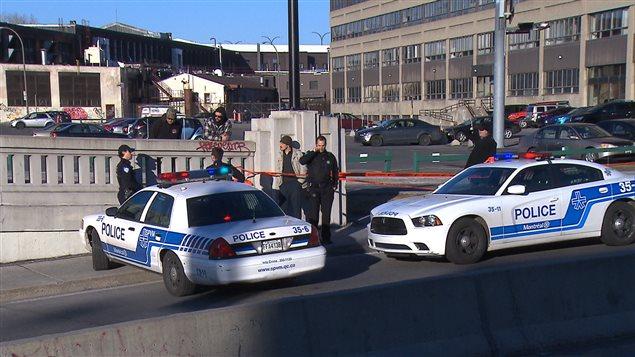 La circulation a été fermée sur la rue Saint-Denis entre Bellechasse et des Carrières.