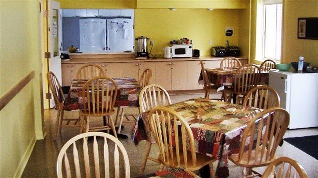 Cri d 39 alarme d 39 un centre pour femmes de la petite patrie for La salle a manger montreal