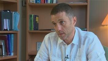 Le Dr Michel Lucas est épidémiologiste-chercheur au Centre de recherche CHU de Québec.