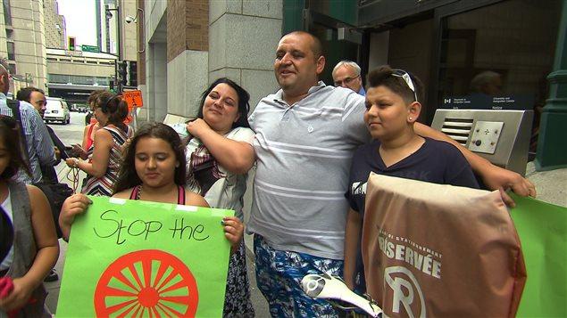 La famille Buzas est réfugiée au Canada depuis 2011.