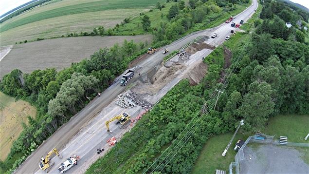 Une vue aérienne de l'endroit où l'effondrement a eu lieu.