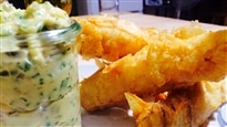 Fish and chips et sauce tartare