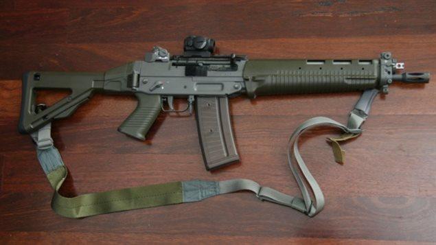 Un fusil Swiss Arms Classic Green.