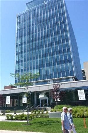 L'immeuble où sera déménagé le consulat général de France, sur la Grande Allée
