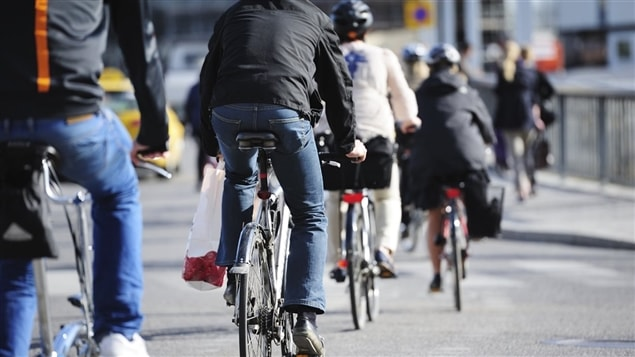 Cyclistes en ville