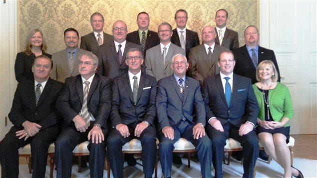 le premier ministre de terre neuve et labrador pr 233 sente nouveau cabinet ici radio canada ca