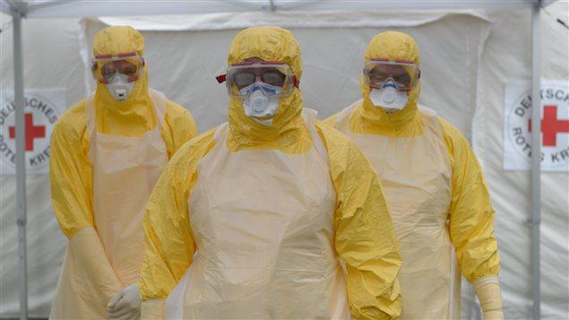Des médecins volontaires pour la Croix-Rouge en formation en Allemagne.