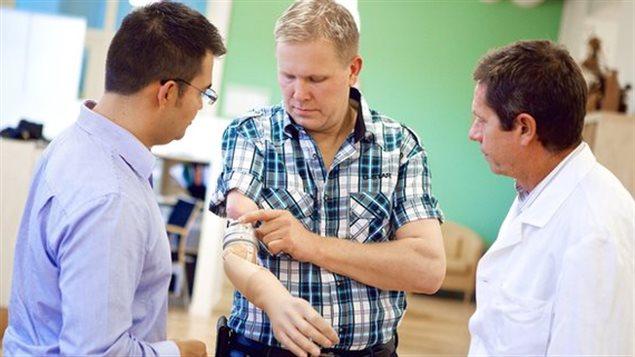 Un patient suédois ayant reçu l'ostéointégration