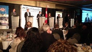 David sanders est exclu d 39 un d bat entre les candidats for Chambre commerce canada