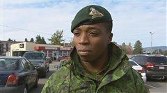 Le militaire Jonathan Landu n'hésitera pas à porter son uniforme.