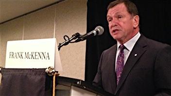 L'ancien premier ministre du Nouveau-Brunswick Frank McKenna