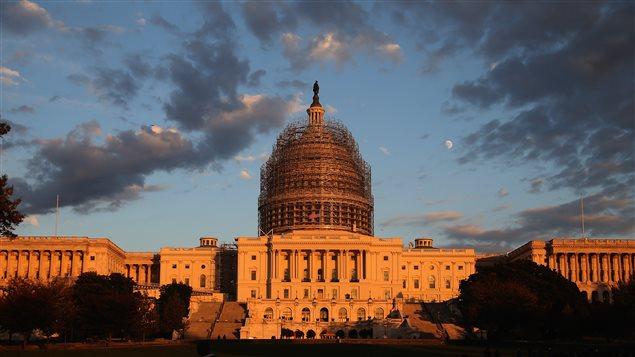 Le Capitole où siègent le Sénat et la Chambre des représentants des États-Unis