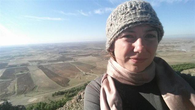 Israel Radio a diffusé lundi une entrevue avec Gill Rosenberg dans lequel elle affirme s'être rendue en Irak, avoir suivi une formation avec les forces kurdes et vouloir aller combattre dans la Syrie voisine.