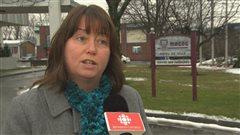 Vicki May Hamm tire à boulets rouges sur le collectif Sauvons l'îlot Tourigny