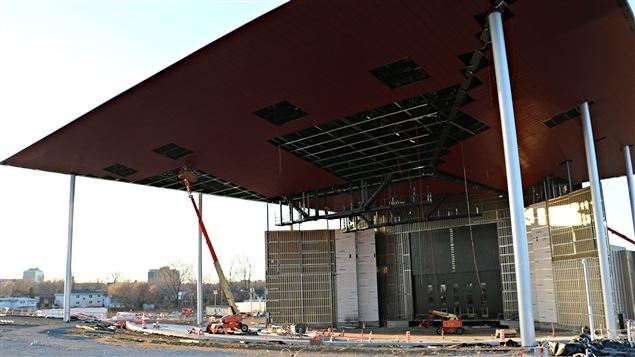 L'Amphithéâtre de Trois-Rivières, côté scène. Le parterre peut accueillir jusqu'à 9000 spectateurs.
