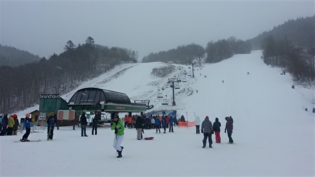 La station du mont Sainte-Marie accueillait sa première école de ski de la saison.
