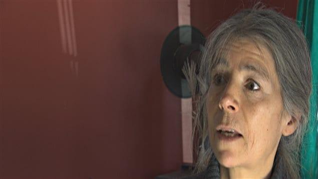 Jacinthe Ouellet, femme électrosensible qui réside à Magog.