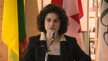 La prés. de la Fédération des sciences humaines Antonia Maioni lors de l'annonce que Regina accueillera le 87e Congrès des sciences humaines.
