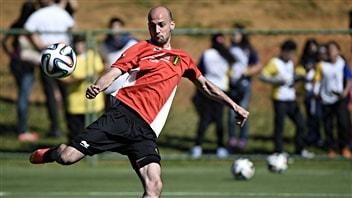 Laurent Ciman à l'entraînement avec l'équipe nationale de Belgique