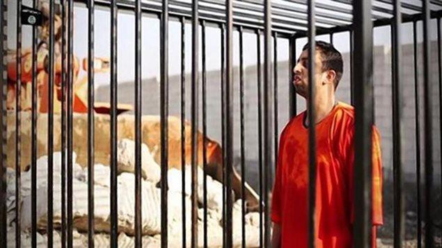 L'otage jordanien était dans une cage au moment de son exécution