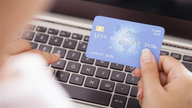 nouvelles economie  quebecois moins depense cyberachats shtml