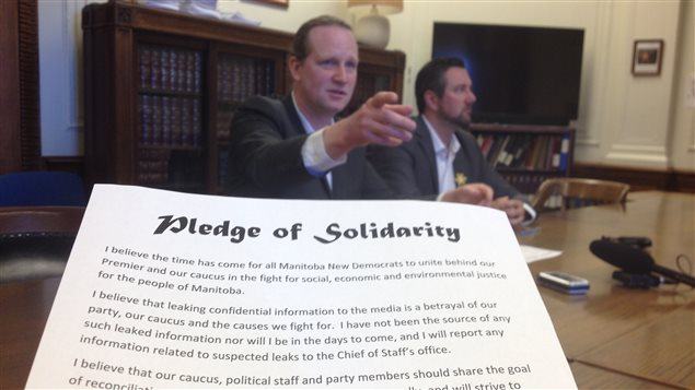 Rob Altermeyer et Dave Gaudreau parle de leur pacte de solidarité (pledge of solidarity)
