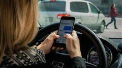 L'Ontario pourrait instaurer des aires de textage le long de ses autoroutes
