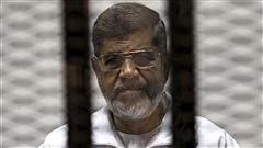Le présidentégyptiendéfaitMohamed Morsidevra purger ses 20 ans de prison
