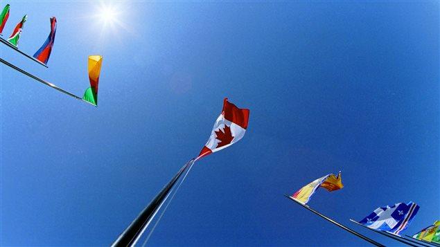 Les drapeaux des pays membres de la Francophonie