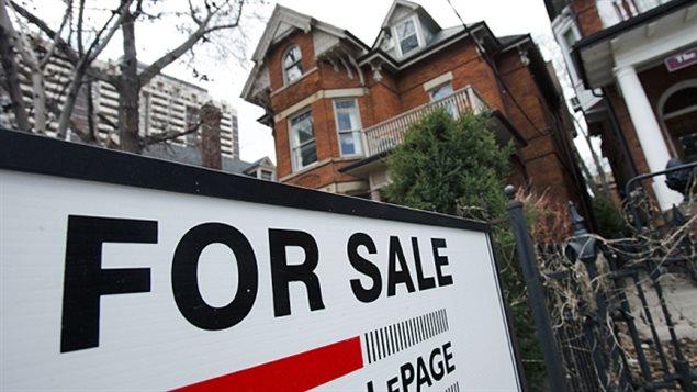 une nouvelle loi contre les fausses offres d 39 achat sur les maisons ici radio. Black Bedroom Furniture Sets. Home Design Ideas