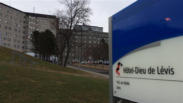 Un d tenu se barricade dans l 39 aile psychiatrique de l for Meuble a jeter montreal