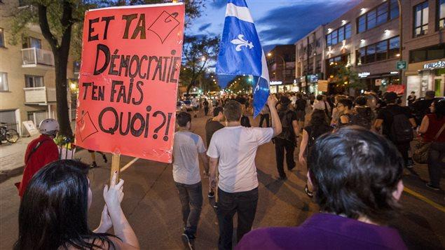 Manifestation à Montréal dans le cadre de la grève étudiante de 2012.