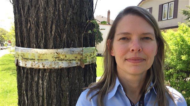 Martha Barwinsky, la forestière de la ville de Winnipeg.