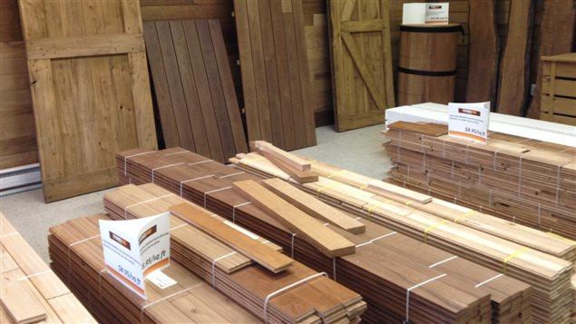 une entreprise de bathurst mise sur la torr faction du bois pour survivre acadie inc ici. Black Bedroom Furniture Sets. Home Design Ideas