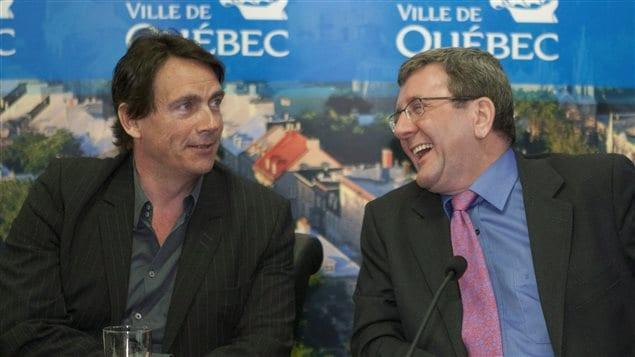 Le maire Régis Labeaume va célébrer le mariage de Pierre Karl Péladeau et Julie Snyder.