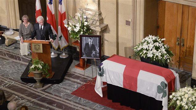 Le chef du Bloc québécois Gilles Duceppe aux funérailles de Jean Doré.