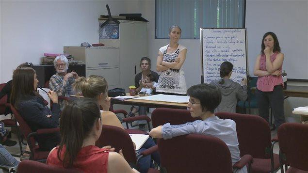 Le groupe pour le développement d'une école primaire alternative à Rimouski pense à se tourner vers le privé.