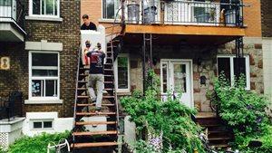 Un déménagement sur la rue de Lorimier, dans l'arrondissement Plateau-Mont-Royal, à Montréal.