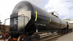 Un wagon DOT-111 renforcé qui devra être remplacé car pas assez robuste
