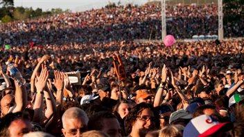 Un aperçu de la foule au Festival d'été de Québec.