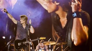 bestof-FEQ-keith-urban