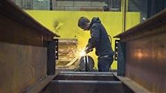 Québec annonce une tournée pour mobiliser le secteur manufacturier