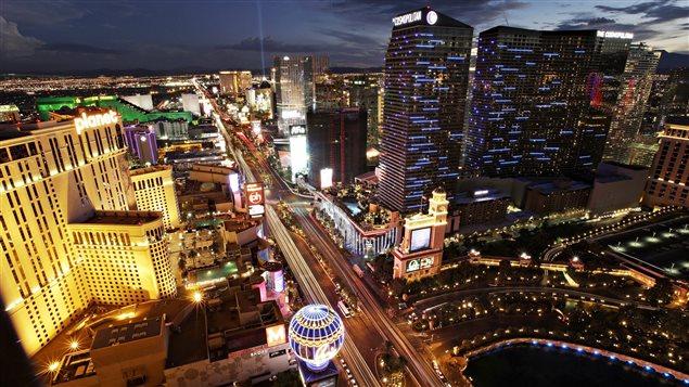 Las Vegas Boulevard, surnommé la Strip, à Las Vegas au Nevada