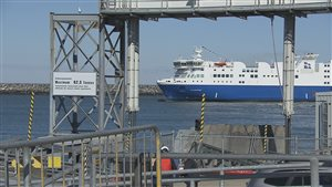 Le navire F.A. Gauthier qui fait la Traverse Matane-Baie-Comeau-Godbout